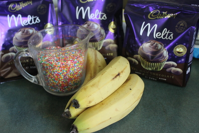 banana, chocolate, sweet treat, party food,