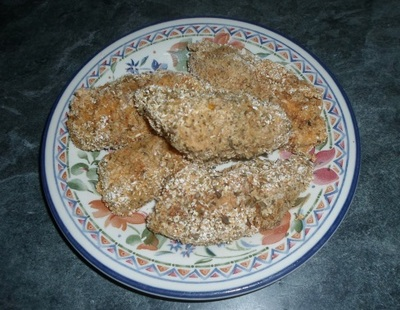 crumbed chicken, oat bran, spicy, spices, herbs, egg